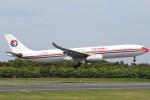 JA882Aさんが、成田国際空港で撮影した中国東方航空 A330-343Xの航空フォト(写真)