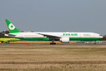 Orcaさんが、成田国際空港で撮影したエバー航空 777-35E/ERの航空フォト(写真)