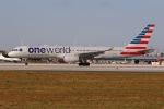 JRF spotterさんが、マイアミ国際空港で撮影したアメリカン航空 757-223の航空フォト(写真)