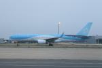 空軍一號さんが、関西国際空港で撮影したトムソン航空 757-28Aの航空フォト(写真)