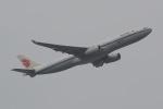 じゃがさんが、成田国際空港で撮影した中国国際航空 A330-343Eの航空フォト(写真)
