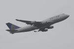 じゃがさんが、成田国際空港で撮影したユナイテッド航空 747-422の航空フォト(写真)