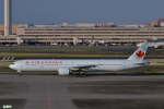妄想竹さんが、羽田空港で撮影したエア・カナダ 777-333/ERの航空フォト(写真)