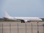 White Pelicanさんが、中部国際空港で撮影したアメリカ個人所有 ERJ-190-100 ECJ (Lineage 1000)の航空フォト(写真)