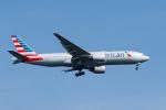 GOOSEMAN777さんが、羽田空港で撮影したアメリカン航空 777-223/ERの航空フォト(写真)