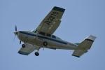 りゅうさんさんが、調布飛行場で撮影したアイベックスアビエイション TU206G Turbo Stationair 6の航空フォト(写真)