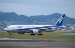 momotaroさんが、伊丹空港で撮影した全日空 777-281の航空フォト(写真)