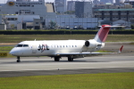 Koba UNITED®さんが、伊丹空港で撮影したジェイ・エア CL-600-2B19 Regional Jet CRJ-200ERの航空フォト(写真)