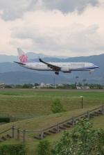 おぶりがーどさんが、松本空港で撮影したチャイナエアライン 737-8Q8の航空フォト(写真)