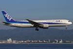 つみネコ♯2さんが、関西国際空港で撮影した全日空 767-381/ERの航空フォト(写真)