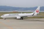 キイロイトリ1005fさんが、関西国際空港で撮影したJALエクスプレス 737-846の航空フォト(写真)