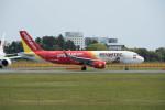 ポン太さんが、成田国際空港で撮影したベトジェットエア A320-214の航空フォト(写真)