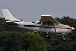 (`・ω・´)さんが、調布飛行場で撮影した共立航空撮影 TU206G Turbo Stationair 6の航空フォト(写真)