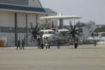 ジャンクさんが、厚木飛行場で撮影したアメリカ海軍 E-2C Hawkeyeの航空フォト(写真)