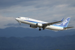 poppoya-makochanさんが、小松空港で撮影した全日空 737-881の航空フォト(写真)