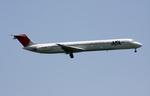 sin747さんが、羽田空港で撮影したJALエクスプレス MD-81 (DC-9-81)の航空フォト(写真)