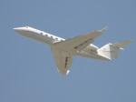 commet7575さんが、福岡空港で撮影したアメリカ企業所有 G350/G450の航空フォト(写真)