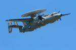 tomoMTさんが、厚木飛行場で撮影したアメリカ海軍 E-2D Advanced Hawkeyeの航空フォト(写真)
