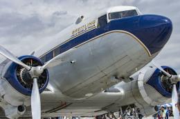 Vmanさんが、岩国空港で撮影したスーパーコンステレーション飛行協会 DC-3Aの航空フォト(写真)