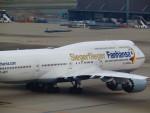 射命丸サンアークさんが、羽田空港で撮影したルフトハンザドイツ航空 747-830の航空フォト(写真)