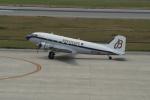 taka2217さんが、神戸空港で撮影したスーパーコンステレーション飛行協会 DC-3Aの航空フォト(写真)