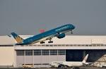 skyclearさんが、羽田空港で撮影したベトナム航空 A350-941XWBの航空フォト(写真)