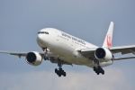 HISAHIさんが、福岡空港で撮影した日本航空 777-246の航空フォト(写真)