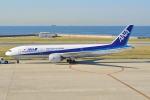 md11jbirdさんが、神戸空港で撮影した全日空 777-281の航空フォト(写真)