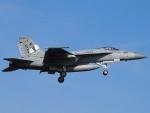 51ANさんが、厚木飛行場で撮影したアメリカ海軍 F/A-18E Super Hornetの航空フォト(写真)