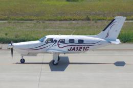 PASSENGERさんが、神戸空港で撮影した日本法人所有 PA-46-350P Malibu Mirageの航空フォト(写真)