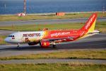 orbis001さんが、関西国際空港で撮影したベトジェットエア A320-214の航空フォト(写真)
