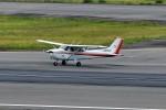 left eyeさんが、高松空港で撮影した朝日航空 172S Skyhawk SPの航空フォト(写真)