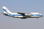 haruteeeeenさんが、成田国際空港で撮影したヴォルガ・ドニエプル航空 An-124-100 Ruslanの航空フォト(写真)