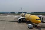 COLT VerRさんが、岡山空港で撮影した全日空 777-281/ERの航空フォト(写真)
