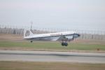 水月さんが、神戸空港で撮影したスーパーコンステレーション飛行協会 DC-3Aの航空フォト(写真)