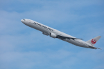 おぺちゃんさんが、伊丹空港で撮影した日本航空 777-346の航空フォト(写真)