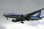 yabyanさんが、那覇空港で撮影した全日空 777-281の航空フォト(写真)
