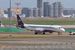 たまさんが、羽田空港で撮影したスパークル・ロール・ジェット ERJ-190-100 ECJ (Lineage 1000)の航空フォト(写真)