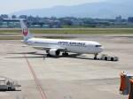 よんすけさんが、伊丹空港で撮影した日本航空 767-346/ERの航空フォト(写真)
