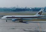 よしポンさんが、伊丹空港で撮影したタイ国際航空 A300B4-622Rの航空フォト(写真)