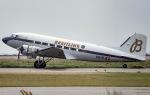 船舶妖夢さんが、神戸空港で撮影したスーパーコンステレーション飛行協会 DC-3Aの航空フォト(写真)