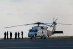 じーのさんさんが、八丈島空港で撮影した海上自衛隊 SH-60Jの航空フォト(写真)