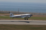 Fly Yokotayaさんが、神戸空港で撮影したスーパーコンステレーション飛行協会 DC-3Aの航空フォト(写真)