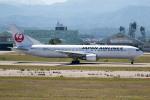 チャッピー・シミズさんが、小松空港で撮影した日本航空 767-346/ERの航空フォト(写真)