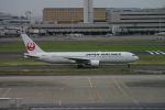 ころころさんが、羽田空港で撮影した日本航空 767-346の航空フォト(写真)
