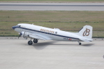 thalys1121さんが、神戸空港で撮影したスーパーコンステレーション飛行協会 DC-3Aの航空フォト(写真)