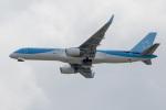 xingyeさんが、関西国際空港で撮影したトムソン航空 757-28Aの航空フォト(写真)