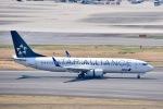 ジャコビさんが、羽田空港で撮影した全日空 737-881の航空フォト(写真)