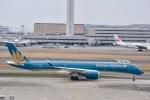 ジャコビさんが、羽田空港で撮影したベトナム航空 A350-941XWBの航空フォト(写真)