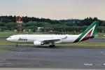 JA946さんが、成田国際空港で撮影したアリタリア航空 A330-202の航空フォト(写真)